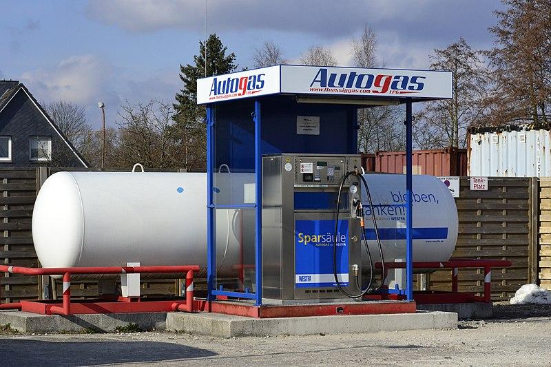 Gasolineras autogas, el la imagen se aprecia un surtidor de autogas o GLP