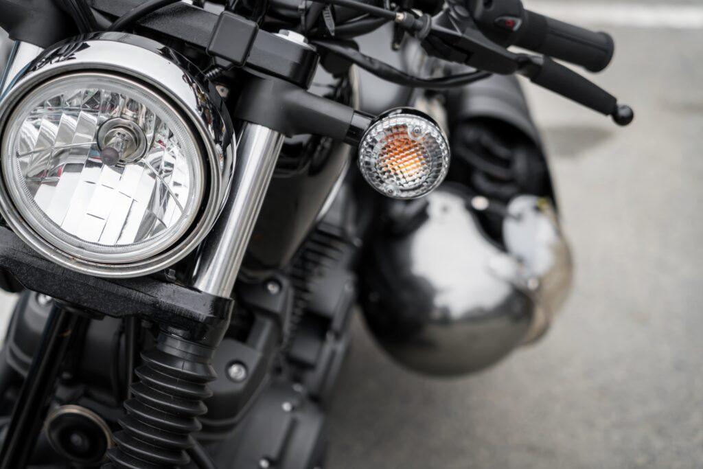 Homologar moto cafe racer, las luces